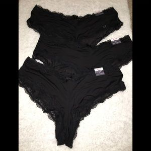 Cacique lot of 3 cheeky panty size 14/16